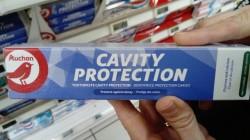 Dentifrices Auchan, un peu d'austérité au rayon dentifrices