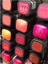 Le rouge à lèvres, le cosmétique qui aime trop la crise !