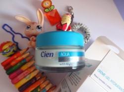 Chez Lidl, la crème-gel hydratante Cien SPF 4 relève du gadget !