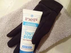 Crème mains Inell, comme une paire de gants en... coton ?