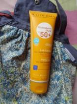 Photoderm MAX SPF 50+, le solaire idéal pour l'ensemble de la famille !