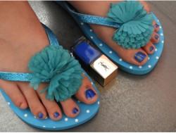 Yves Saint Laurent (avec filtre) et Tissaia (sans filtre ?) s'associent pour le bonheur de nos orteils !